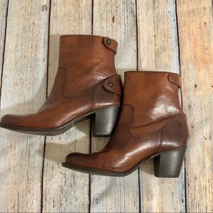 Frye Melissa bootie with heel